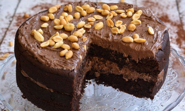 Vegan chocolate cake - Δείτε πώς θα το φτιάξετε