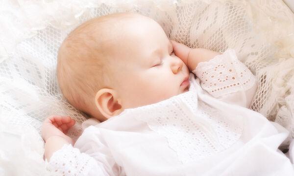 Μπορεί το μωρό μου να κοιμηθεί σε μαξιλάρι;