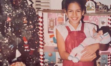 Αναγνωρίζετε το κοριτσάκι της φωτογραφίας; Είναι πολύ γνωστή ηθοποιός (pics)
