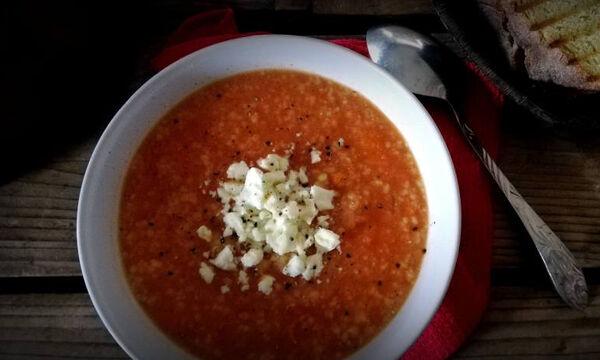 Νόστιμη και θρεπτική τραχανόσουπα (pics)