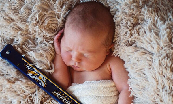 Έξι πράγματα που πρέπει να σκεφτείτε πριν δημοσιεύσετε την πρώτη φωτογραφία του μωρού σας (pics)