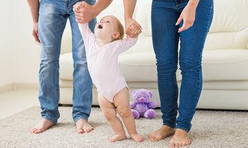 Πέντε tips για να βοηθήσετε το παιδί σας να περπατήσει  (pics)