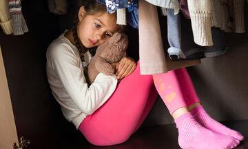 Πώς μπορούμε ως γονείς να διώξουμε τις οποιεσδήποτε φοβίες των παιδιών μας;