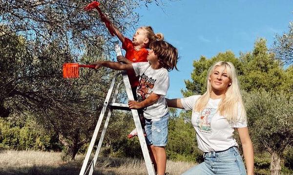 Όλγα Πηλιάκη: Η κόρη της συνεχίζει να «θηλάζει» το στήθος της για να βρει παρηγοριά (pics)