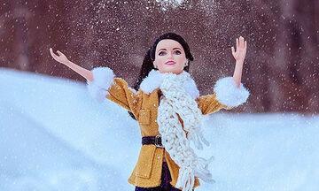 Καλλιτέχνης έχει αδυναμία στις κούκλες & τις φωτογραφίζει δημιουργώντας τα πιο υπέροχα σκηνικά (pic)