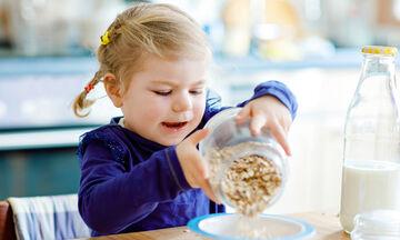 Τέσσερα φαγητά & snack που έχουν περισσότερη ζάχαρη από όσο νομίζαμε (pics)