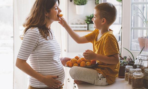 Επτά τροφές πλούσιες σε φυτικές ίνες για να αντιμετωπίσετε την δυσκοιλιότητα στην εγκυμοσύνη (pics)