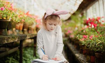 #Μένουμε_Σπίτι: Δείτε πόσο εύκολα μπορεί το παιδί σας να σχεδιάσει ένα λαγουδάκι (vid + pics)