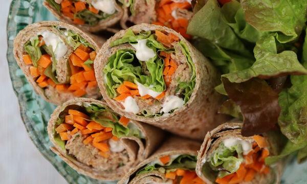 Burritos με τόνο και τορτίγιες ολικής - Δείτε πώς θα τα φτιάξετε