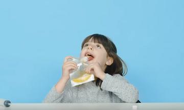 Παιδιά δοκιμάζουν φαγητό των αστροναυτών - Τις αντιδράσεις τους πρέπει να τις δείτε (pics
