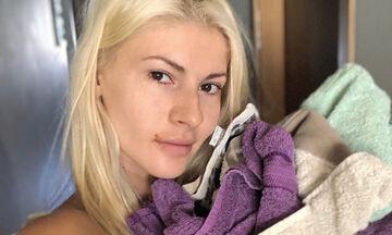Όλγα Πηλιάκη: Ο τρόπος που σιδερώνει τα ρούχα μας άφησε άφωνους (pics)
