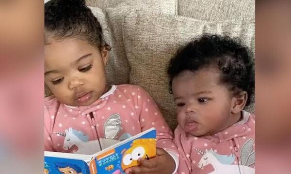 Δίχρονη προσπαθεί να διαβάσει παραμύθι στην μικρή αδελφή της και γίνεται viral (vid)