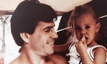 Πασίγνωστη Ελληνίδα παρουσιάστρια το κοριτσάκι της φωτογραφίας - Σίγουρα δεν την αναγνωρίζετε (pics)