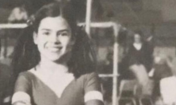 Είναι πασίγνωστη Ελληνίδα ηθοποιός & πριν από μερικές μέρες είχε γενέθλια – Την αναγνωρίζετε; (pic)