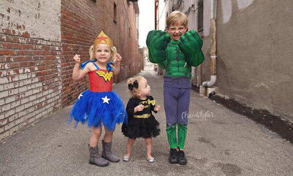 Παιδιά ντύθηκαν υπερήρωες & οι φωτογραφίες τους είναι ό,τι καλύτερο είδαμε σήμερα (pics)