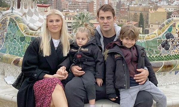 Πηλιάκη - Χανταμπάκης: Η κόρη τους ξεκίνησε το σχολείο - Δείτε τι φόρεσε την πρώτη μέρα (pics)