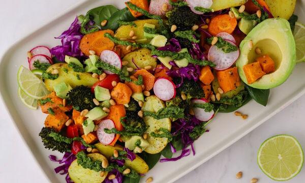 Σαλάτα με ψητά λαχανικά και τσιμιτσούρι - Φτιάξτε την και εσείς