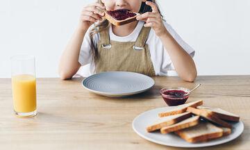 Τοστάκια: ένα φανταστικό snack για όλες τις ώρες (vid)