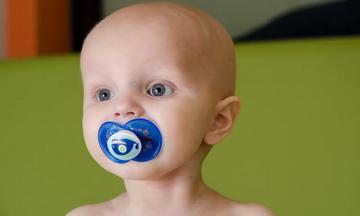 10 συγκινητικές φωτογραφίες μικρών μαχητών του παιδικού καρκίνου (pics)