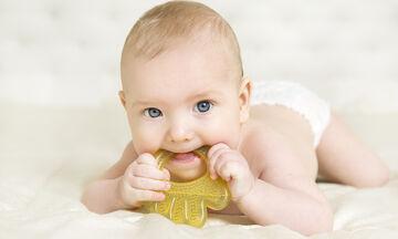 Δόντια μωρού: Πέντε πράγματα που πρέπει να γνωρίζουν οι γονείς