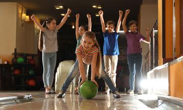 Παιδικά πάρτυ: Πού και πώς μπορείτε να τα οργανώσετε αν δεν θέλετε στο σπίτι (πλήρης οδηγός)