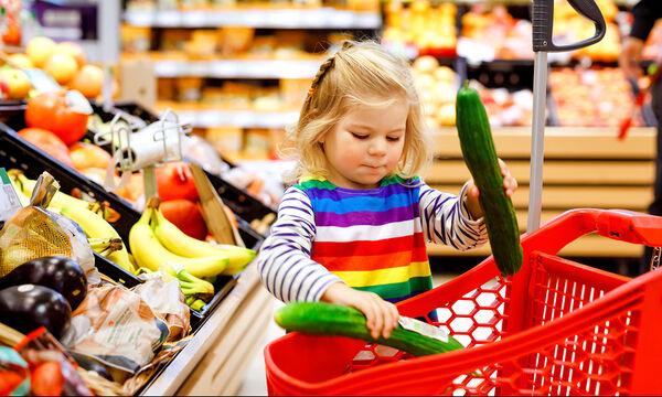 Όταν τα μωρά πάνε για ψώνια - Ένα απολαυστικό βίντεο που πρέπει να δείτε (vid)