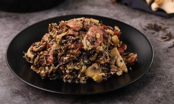 Συνταγή για λουκάνικο με άγριο ρύζι και μανιτάρια