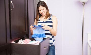 Πώς θα οργανώσεις εύκολα τις ντουλάπες της οικογένειας για την άνοιξη
