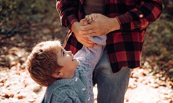 Πώς να αλλάξετε τον τρόπο που εκφράζεστε και να βελτιώσετε την επικοινωνία με το παιδί σας