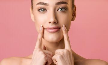 Σπιτικά καλλυντικά: Δες πώς θα φτιάξεις μόνη σου lip balm με ροζ χρώμα (vid)