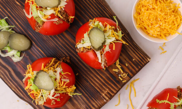 Συνταγή για Cheeseburger ντομάτες