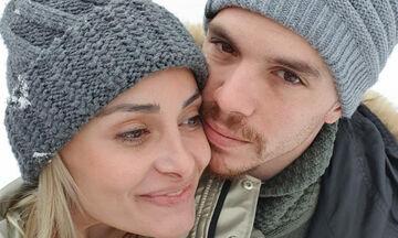 Λευτέρης Πετρούνιας: Η εκπληκτική φωτογραφία με τις γυναίκες της ζωής του (pics)