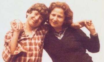 Γνωστός ηθοποιός δημοσίευσε φώτο με τη μητέρα του από τα παιδικά του χρόνια - Το μήνυμά του συγκινεί