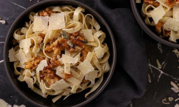 Ταλιατέλες με καρύδια και λεμόνι - Δείτε πώς θα τις φτιάξετε
