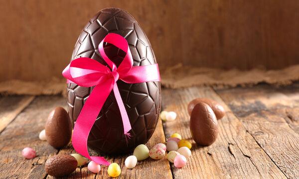 Φτιάξτε το δικό σας σοκολατένιο αυγό με λίγα υλικά σε ελάχιστο χρόνο