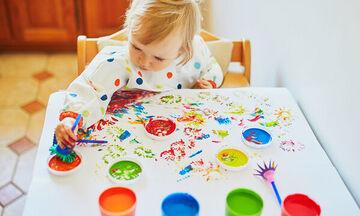 Η διάκριση των χρωμάτων σε ένα νήπιο 18 μηνών