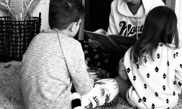 Κορονοϊός: Έτσι περνά τον χρόνο της με τα παιδιά μέσα στο σπίτι γνωστή Ελληνίδα μαμά