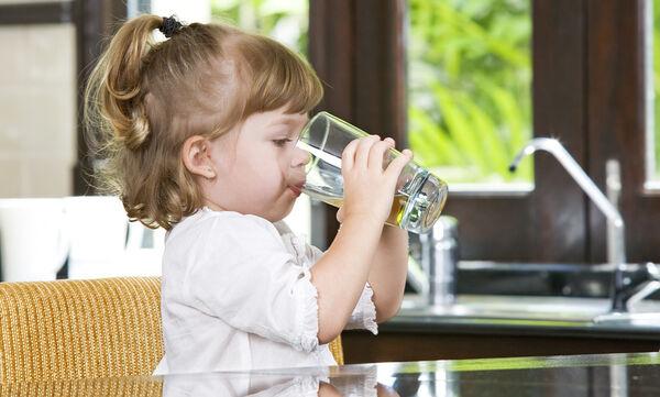 Παγκόσμια Ημέρα Νερού: Γιατί το νερό είναι απαραίτητο για τα παιδιά;