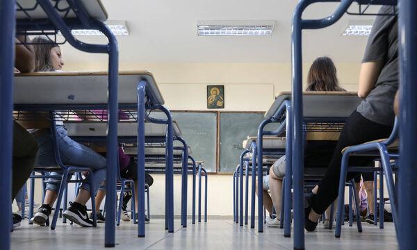 Κορονοϊός: Ανατροπή στις Πανελλαδικές - Πότε είναι πιθανότερο να διεξαχθούν