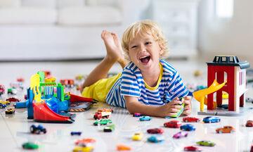 #Μένουμε_σπίτι: Δημιουργικές ώρες για το παιδί στην καραντίνα του κορονοϊού
