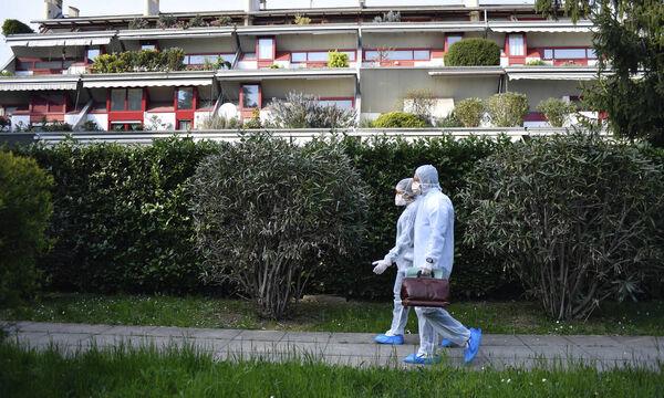 Κορονοϊός: Σοκαριστική πρόβλεψη για τον φονικό ιό - Τι θα συμβεί το καλοκαίρι