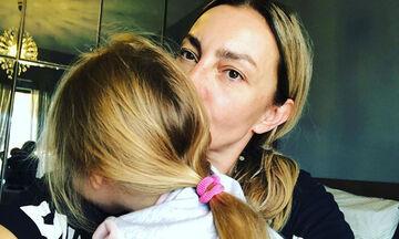 #Μένουμε_Σπίτι: Η κόρη της Ρούλας Ρέβη έβαλε τουτού και το έριξε στο χορό (pics)