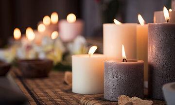 #Μένουμε_Σπίτι και φτιάχνουμε διακοσμητικά κεριά από κηρομπογιές - Δείτε πώς (vid)