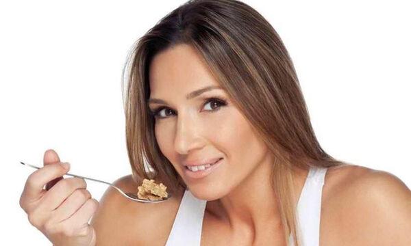 #Μένουμε_σπίτι: Η Ελένη Πετρουλάκη έφτιαξε φανταστικά cookies για τα παιδιά και αυτή είναι η συνταγή