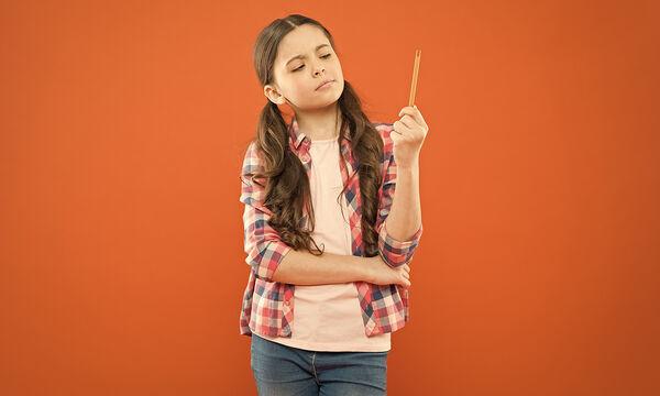 #Μένουμε_ σπίτι: Έξυπνα αινίγματα που μπορούν να λύσουν τα παιδιά (vid)