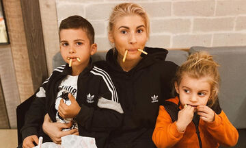 Όλγα Πηλιάκη - Στέλιος Χανταμπάκης: Δείτε πώς περνούν με τα παιδιά τους τις μέρες της καραντίνας