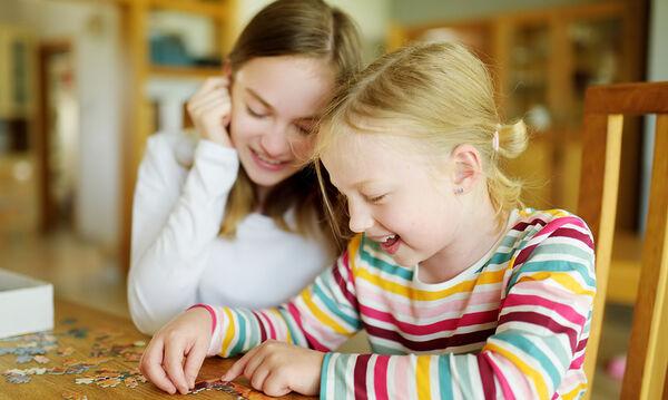 Πρόγραμμα βαρεμάρας: Ιδέες για να απασχολήσετε τα παιδιά ηλικίας 7 έως 10 ετών μέσα στο σπίτι (vids)