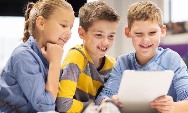 Παιδί & διαδίκτυο: Το 28% των γονέων ανησυχεί για το επιβλαβές διαδικτυακό περιεχόμενο
