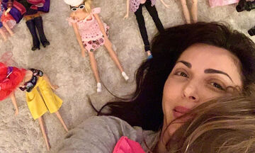 #Μένουμε_Σπίτι: Τι κάνει η Σίσσυ Φειδά στην κόρη της και ξεκαρδίζεται στα γέλια; (vid)