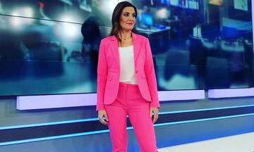 Φαίη Μαυραγάνη: Δείτε τι έκανε η κόρη της τη στιγμή που ο Νίκος Μάνεσης έλεγε τις ειδήσεις (pics)